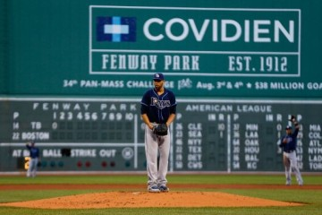 BOSTON, MA - JULY 24: David Price #14 of the Tampa Bay Rays pitches against the Boston Red Sox during the game on July 24, 2013 at Fenway Park in Boston, Massachusetts. (Photo by Jared Wickerham/Getty Images)