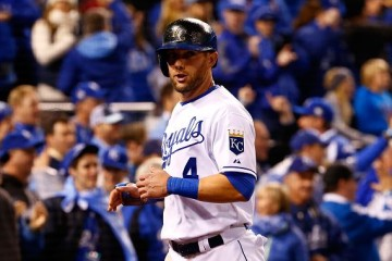 KANSAS CITY, MO - OCTOBER 28: Alex Gordon #4 of the Kansas City Royals reacts after scoring a run on an RBI single hit by Alcides Escobar #2 of the Kansas City Royals (not pictured) in the fifth inning against the New York Mets in Game Two of the 2015 World Series at Kauffman Stadium on October 28, 2015 in Kansas City, Missouri. (Photo by Jamie Squire/Getty Images)