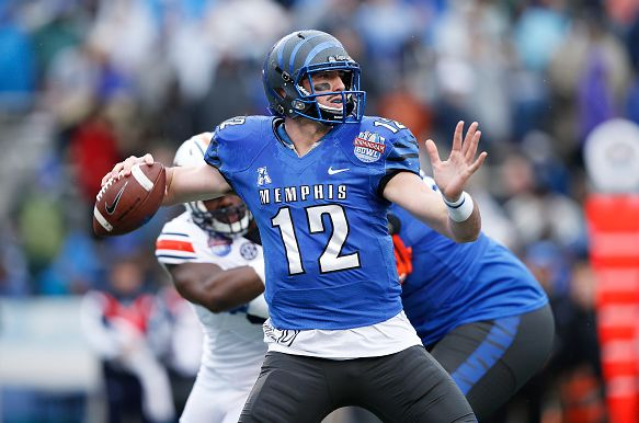BIRMINGHAM, AL - DECEMBER 30: Paxton Lynch #12 of the Memphis Tigers looks to pass against the Auburn Tigers during the Birmingham Bowl at Legion Field on December 30, 2015 in Birmingham, Alabama. Auburn defeated Memphis 31-10. (Photo by Joe Robbins/Getty Images)